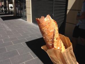かけたパン