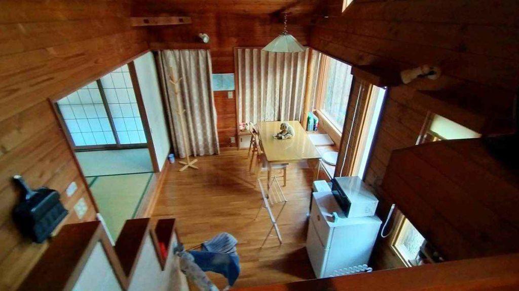 八ヶ岳南麓の別荘の室内