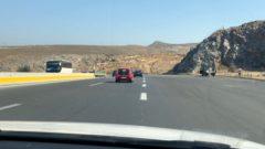 ギリシャのクレタ島!断崖絶壁にガードレール無し!観光でドライブ予定の高所恐怖症の人はバスを検討しましょう。